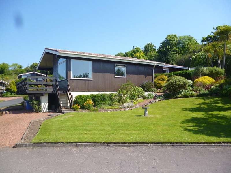 3 Bedrooms Detached Bungalow for sale in 1 Westhaven, West Bay Road, Millport, ISLE OF CUMBRAE, KA28 0HA
