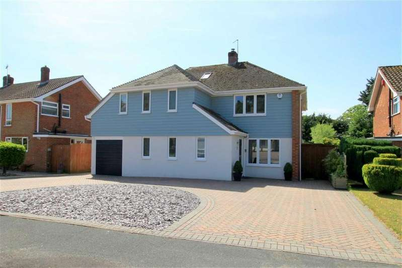 5 Bedrooms Detached House for sale in Holmhurst Avenue, Highcliffe, Christchurch, Dorset