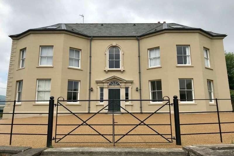 1 Bedroom Flat for sale in Plas Kynaston Lane, Cefn Mawr, Wrexham, LL14