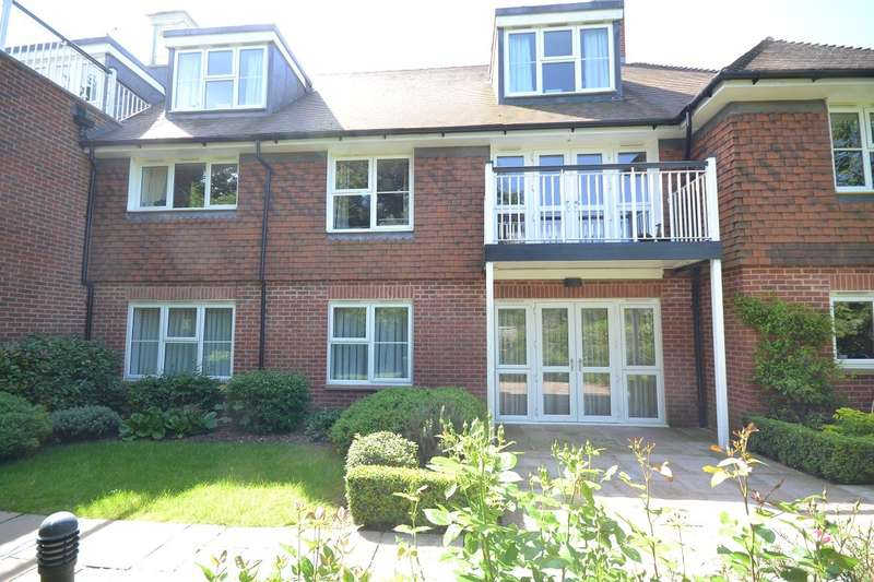 2 Bedrooms Retirement Property for sale in Emmer Green
