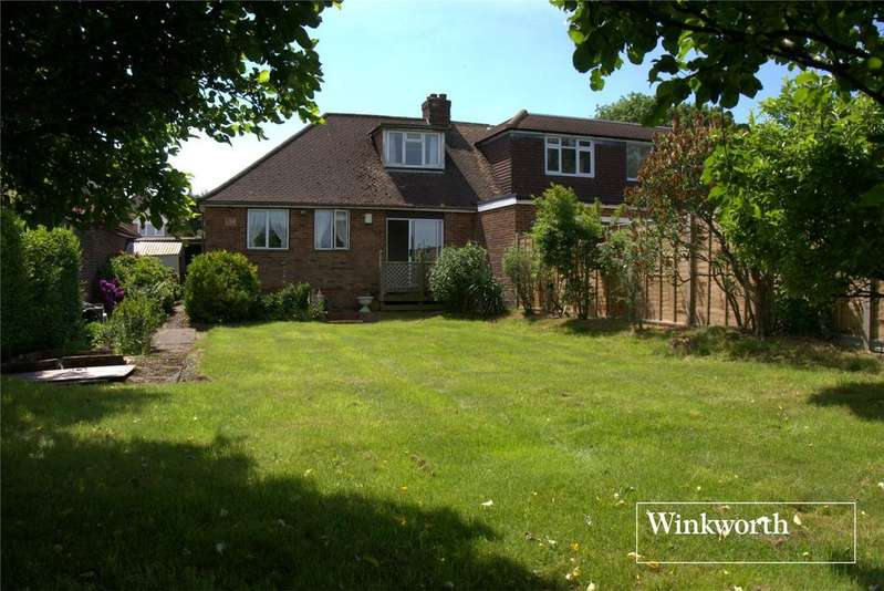 3 Bedrooms Semi Detached Bungalow for sale in Chaul End Road, Caddington, Luton, Bedfordshire, LU1