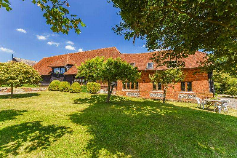 6 Bedrooms Cottage House for sale in Woodrow, Amersham
