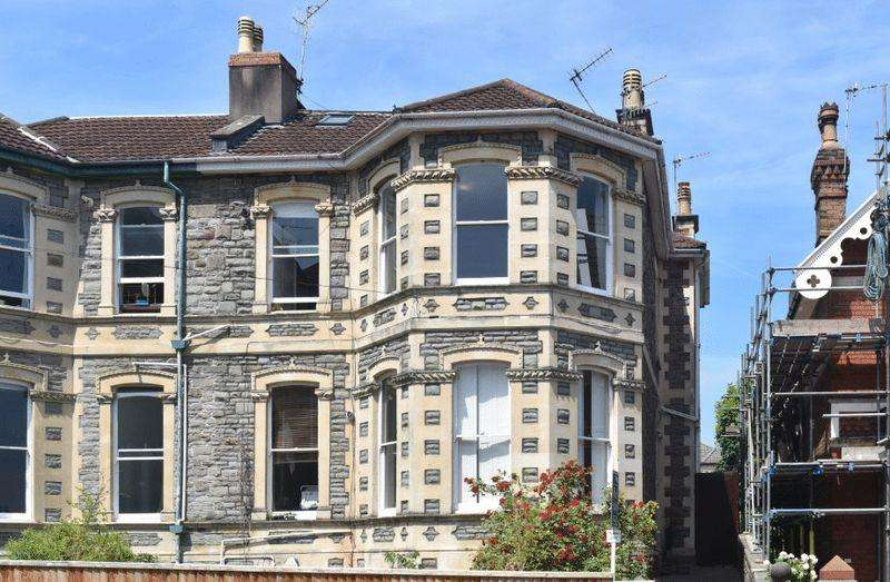 3 Bedrooms Maisonette Flat for sale in Zetland Road, Redland