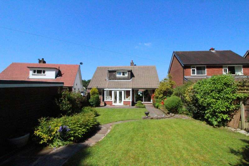 3 Bedrooms Detached Bungalow for sale in Oakenclough Drive, Smithills