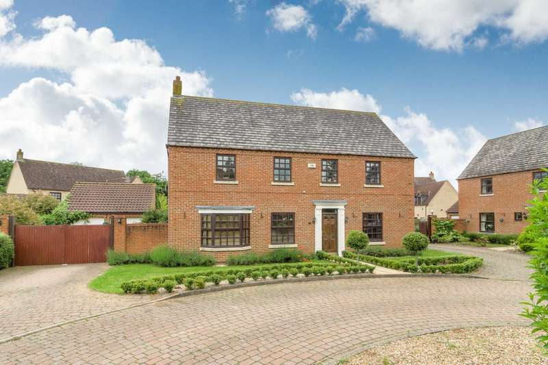 5 Bedrooms Detached House for sale in Howe Court, Middleton
