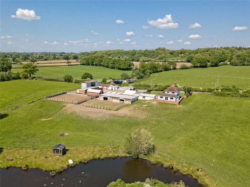3 Bedrooms Farm Commercial for sale in Radmore Lane Farm, Radmore Lane, Gnosall, Stafford, ST20
