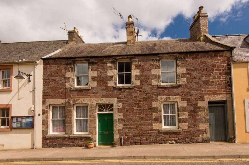 2 Bedrooms Ground Flat for sale in 28 High Street, East Linton, EH40 3AB