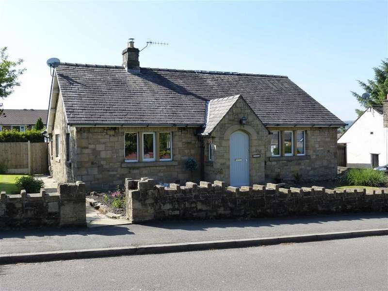 4 Bedrooms Detached Bungalow for sale in Simmondley Lane, Glossop, Glossop