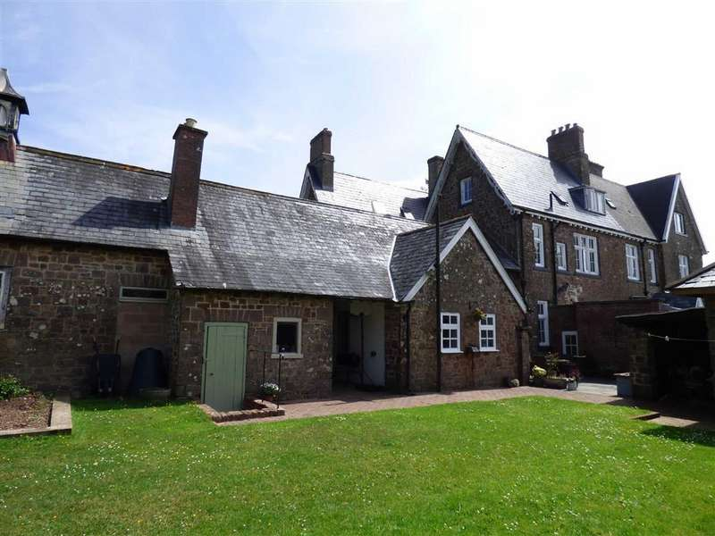6 Bedrooms Semi Detached House for sale in Stoodleigh, Tiverton, Devon, EX16