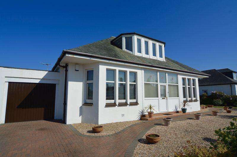 3 Bedrooms Bungalow for sale in Arrol Drive, Seafield, Ayr