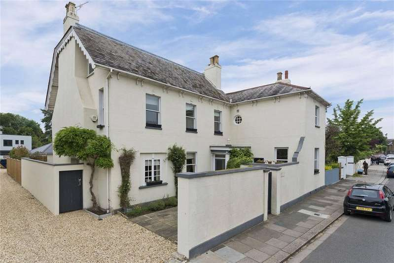 6 Bedrooms Detached House for sale in High Street, Hampton, TW12