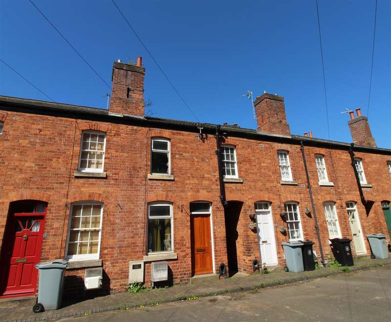 2 Bedrooms Terraced House for sale in Barrack Square, Grantham