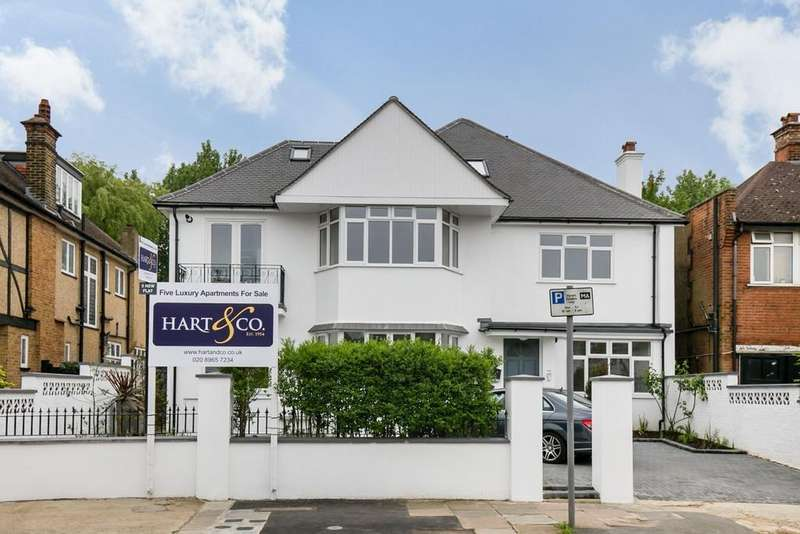 2 Bedrooms Flat for sale in Chatsworth Road, London
