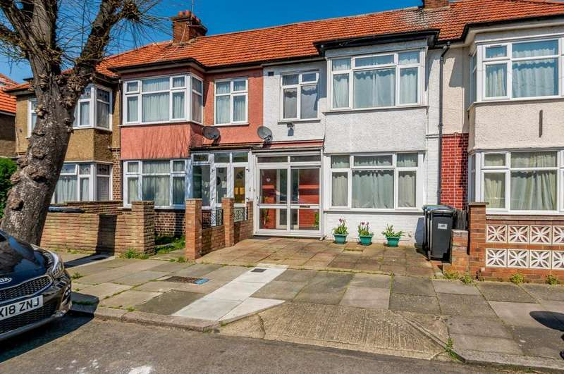 3 Bedrooms Terraced House for sale in Elizabeth Ride, Edmonton, N9