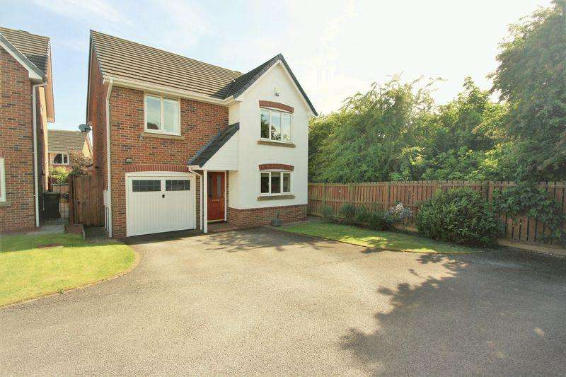 4 Bedrooms Detached House for sale in Gentian Way, Stockton, TS19 8FH
