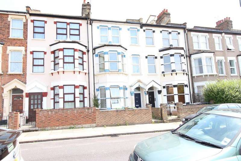 2 Bedrooms Flat for sale in White Hart Lane, Tottenham