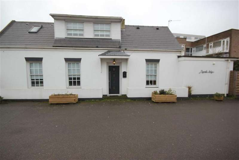 4 Bedrooms Detached House for sale in St Lawrence