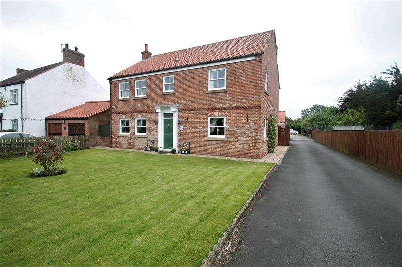 4 Bedrooms Detached House for sale in Cowpen Bewley Road, Billingham