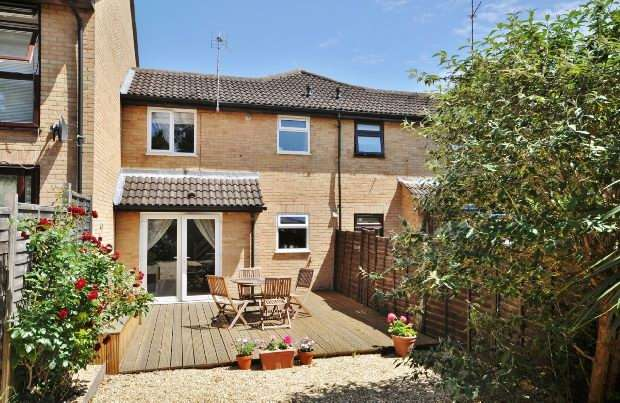 1 Bedroom Terraced House for sale in Fleetham Gardens, Lower Earley, Reading