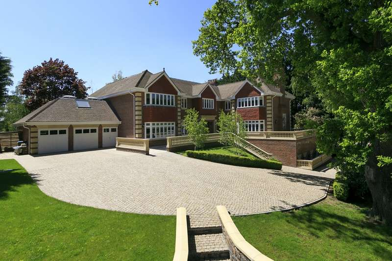 5 Bedrooms Detached House for sale in St George`s Hill