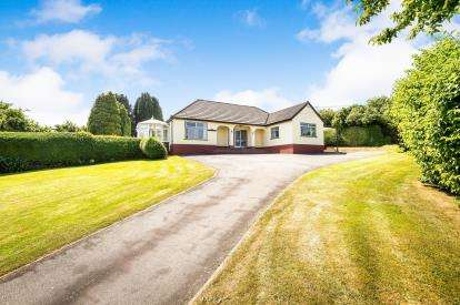 3 Bedrooms Bungalow for sale in Sandy Lane, Bagillt, Flintshire, North Wales, CH6
