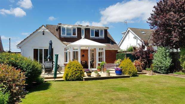 4 Bedrooms Detached House for sale in Hulham Road, Exmouth, Devon
