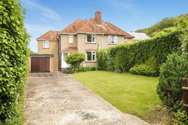 4 Bedrooms Semi Detached House for sale in Malting Lane, Aldbury, Tring