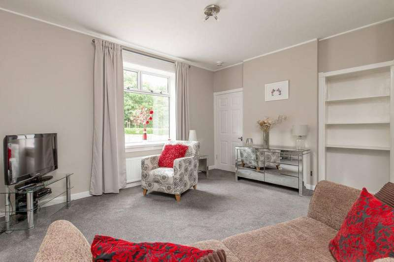 2 Bedrooms Ground Flat for sale in 186 Colinton Mains Road, Colinton Mains EH13 9DA