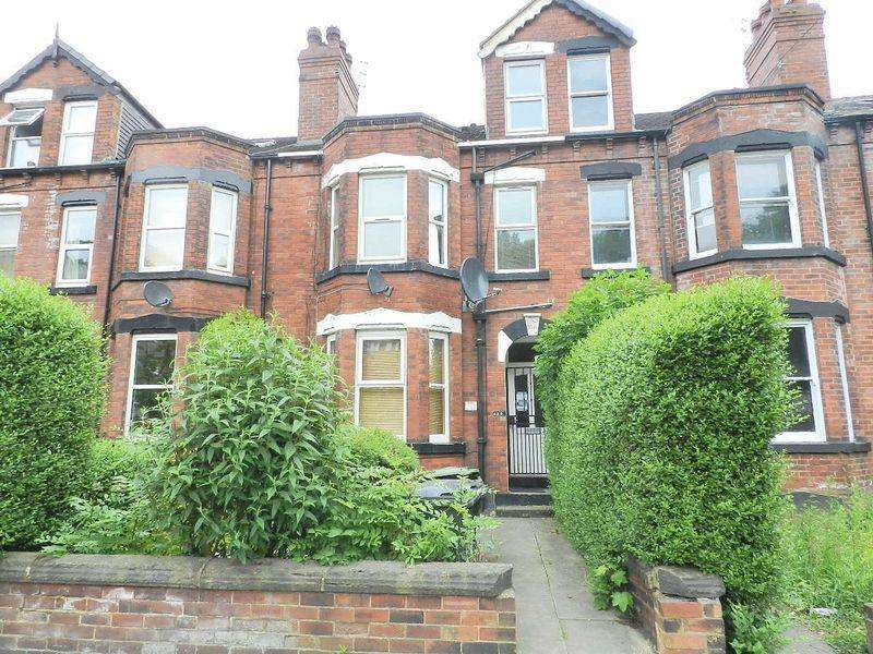 4 Bedrooms Block Of Apartments Flat for sale in Meanwood Road, Leeds
