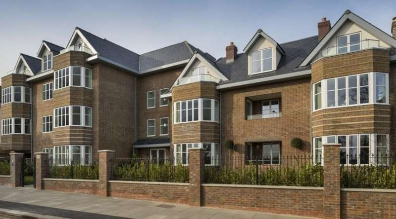 3 Bedrooms Apartment Flat for sale in Viceroy Lodge, Queens Road, London, NW4