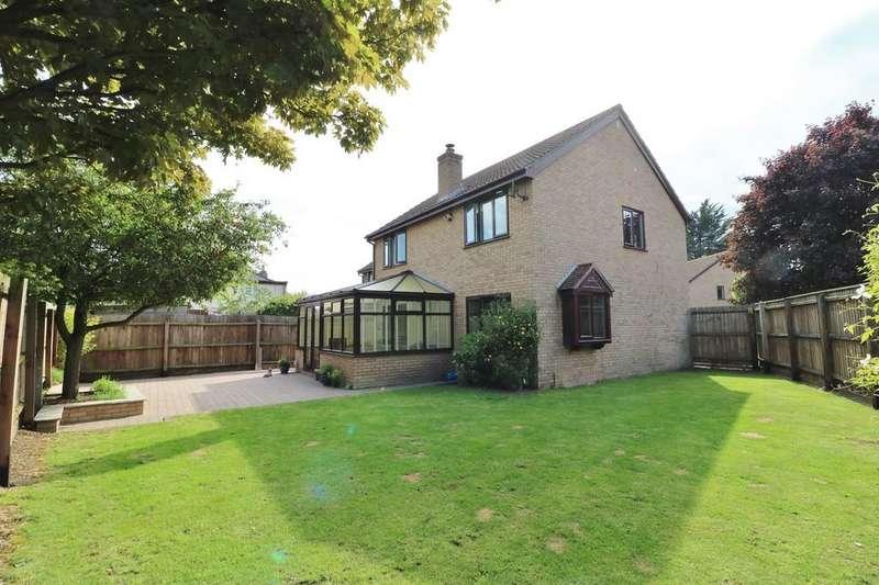4 Bedrooms Detached House for sale in Elm Way, Willingham