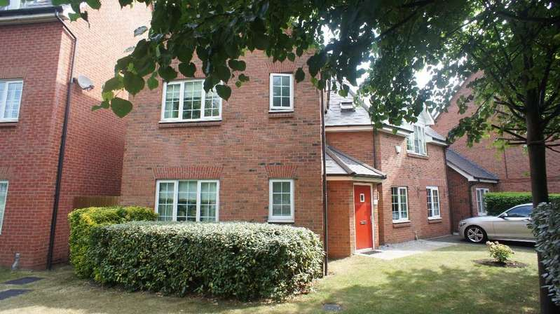 4 Bedrooms Detached House for sale in Firth Boulevard, Warrington