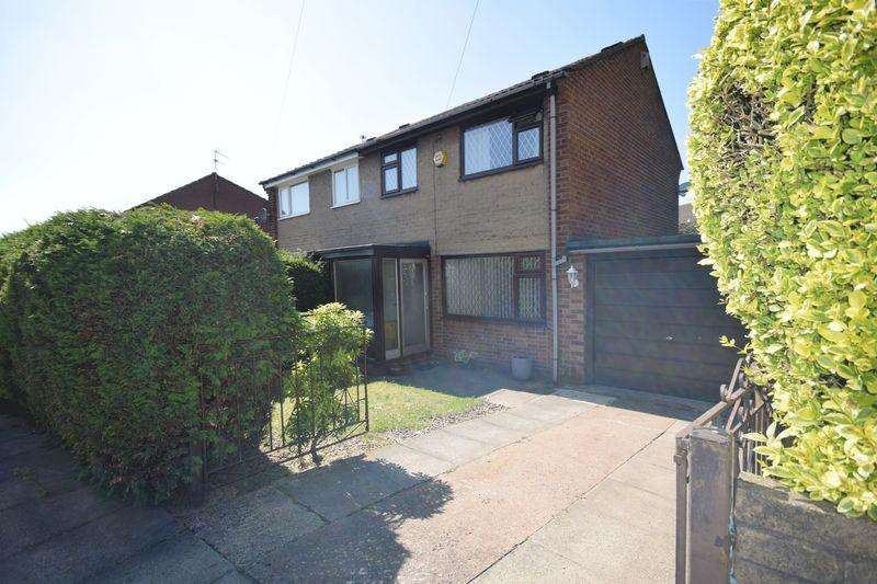3 Bedrooms Semi Detached House for sale in Wilton Street, Heywood