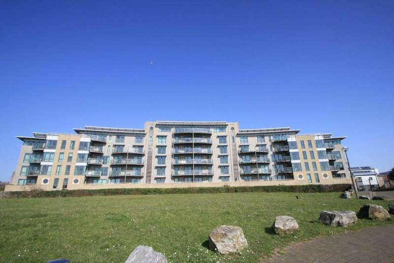 2 Bedrooms Penthouse Flat for sale in Queen Annes Quay, Parsonage Way, Plymouth