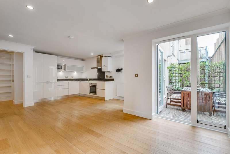 3 Bedrooms Apartment Flat for sale in Trinity Mews, London, E1