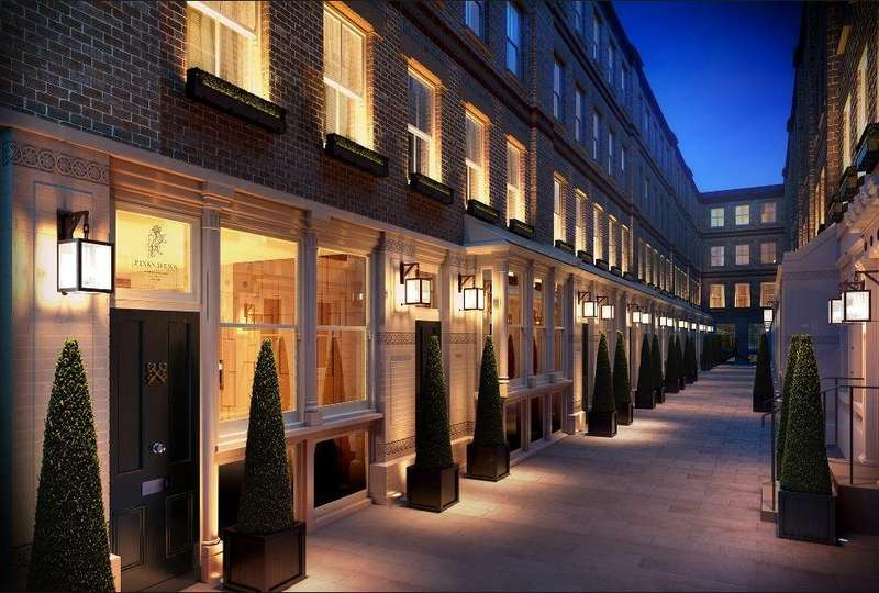 2 Bedrooms Apartment Flat for sale in Pink Mews, Dyers Building, Holborn EC1N