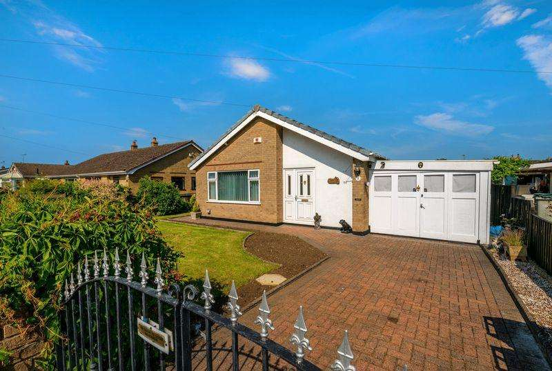 2 Bedrooms Bungalow for sale in Mark Avenue, Horncastle