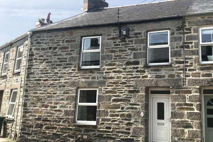 3 Bedrooms Town House for sale in 19 ST JOHNS ROAD, HELSTON, TR13
