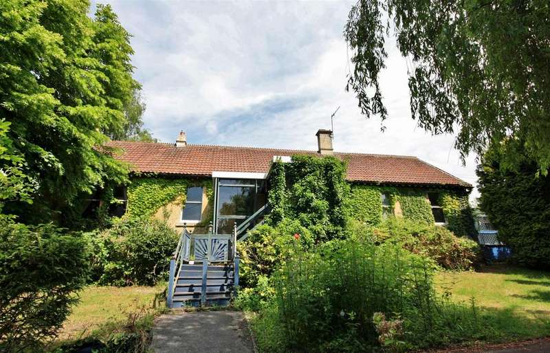 5 Bedrooms Detached House for sale in Frome Road, Bradford-On-Avon