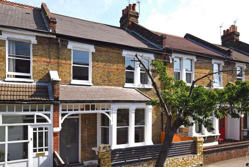 3 Bedrooms Terraced House for sale in Stillness Road