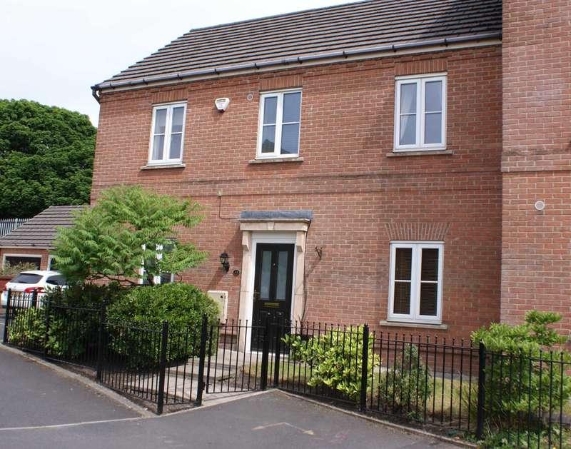 3 Bedrooms Semi Detached House for sale in Hallbridge Gardens, Astley Bridge