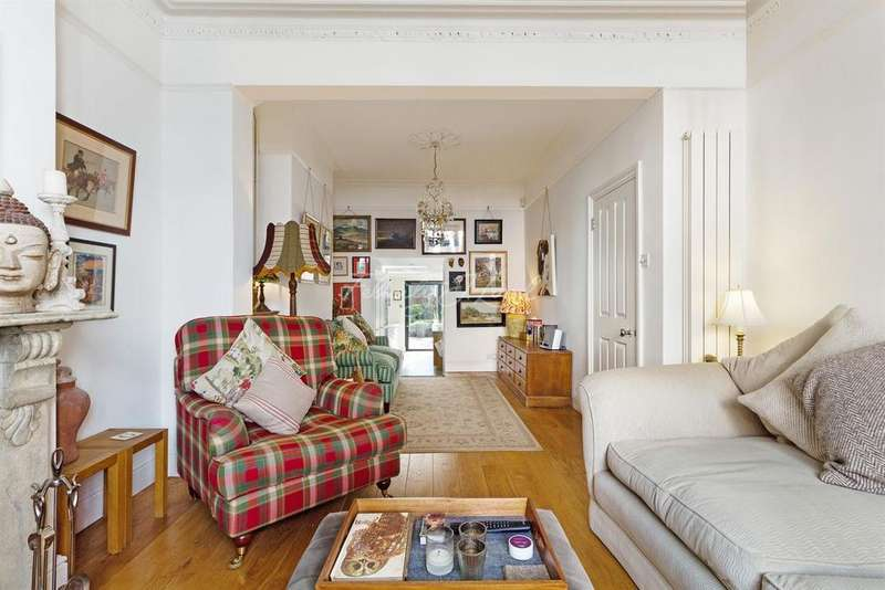 4 Bedrooms Terraced House for sale in Walford Road, N16