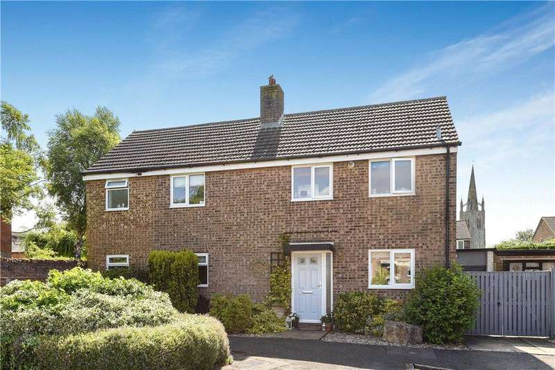 4 Bedrooms Detached House for sale in St. James Close, Hanslope, Milton Keynes, Buckinghamshire