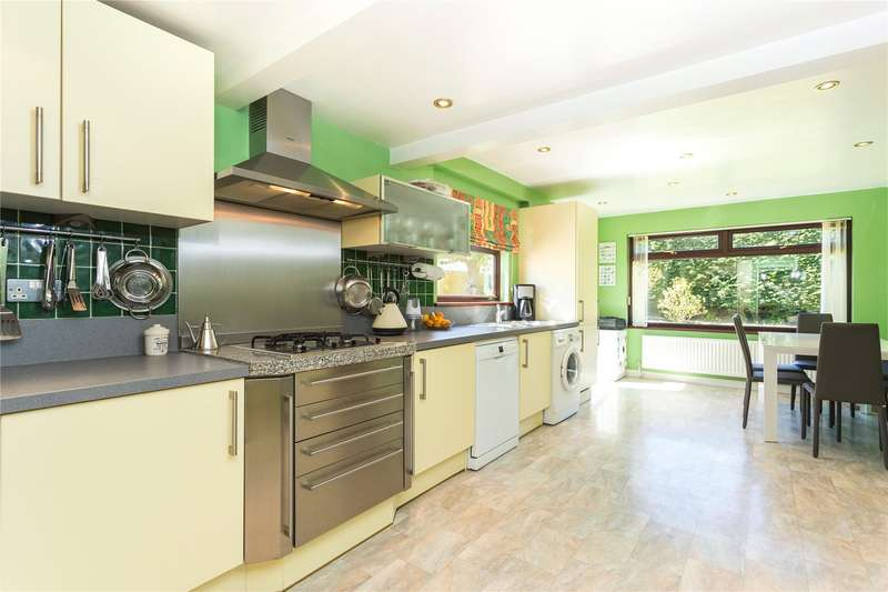 4 Bedrooms Detached House for sale in Cedar Road, Hutton, Brentwood, Essex
