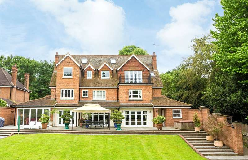 6 Bedrooms Detached House for sale in Manor Road, High Beech, Loughton, Essex, IG10