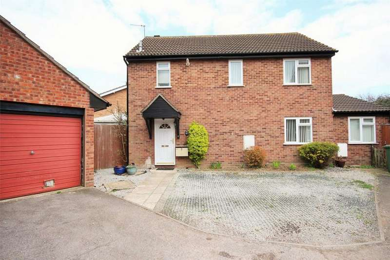 4 Bedrooms Detached House for sale in Tollgate Drive, Stanway, Colchester, Essex
