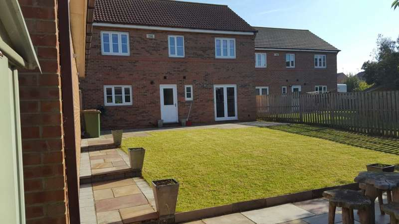 4 Bedrooms Detached House for sale in ***REDUCED***Dalton Court, Mickledales