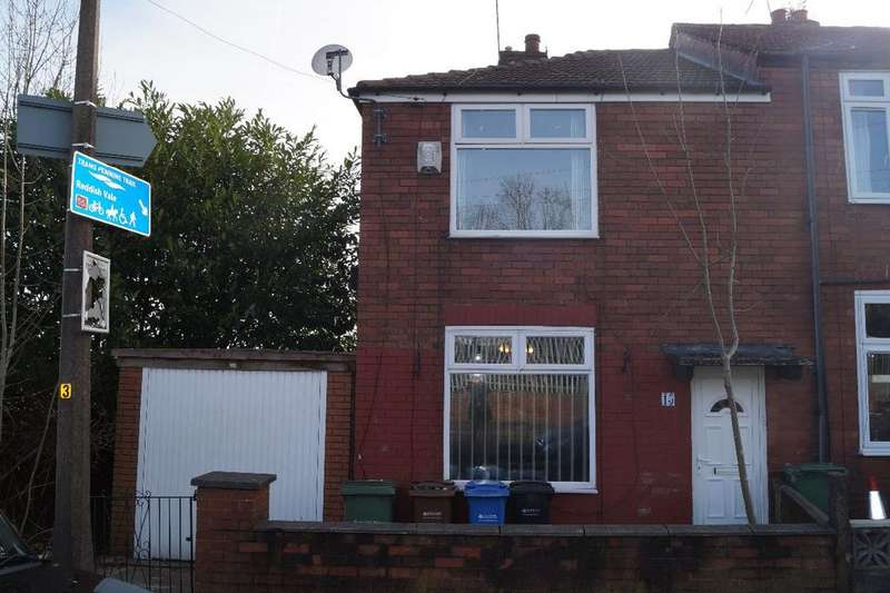 2 Bedrooms Semi Detached House for sale in Gordon Street, Heaton Norris, Stockport, SK4