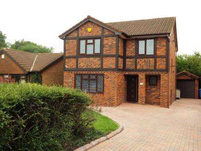 4 Bedrooms Detached House for sale in Inglewood Close, Birchwood, Warrington, Cheshire