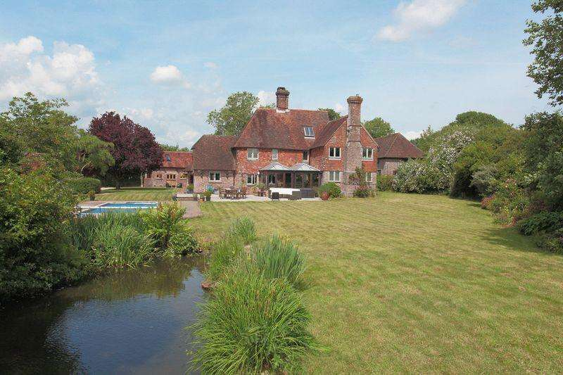 4 Bedrooms Detached House for sale in Off Lewes Road, Framfield, East Sussex